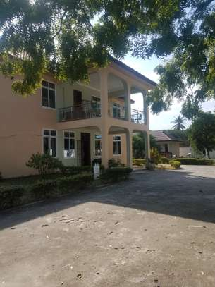 5bedroom house mbezi beach
