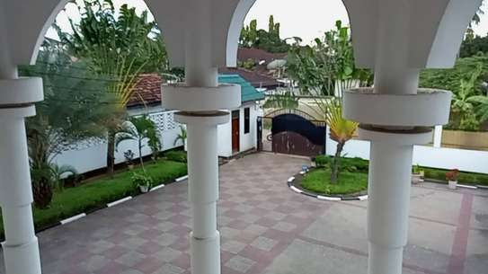 4 bed room house for rent at mikocheni image 14