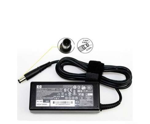 HP charger 18.5v 3.5A image 1