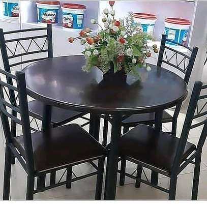 4 CHAIR ROUND TABLE DINNING SET...375,000/=