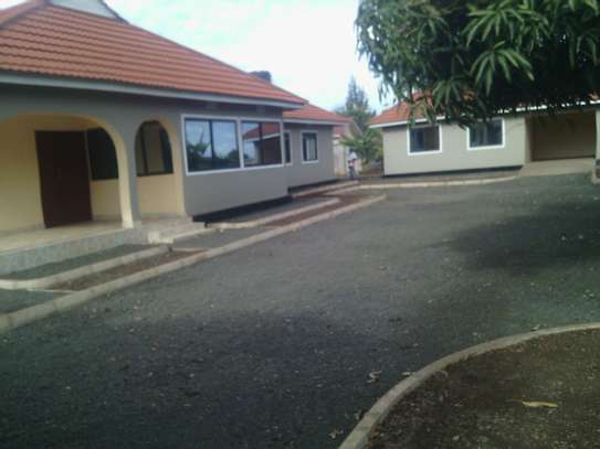 5BEDR.HOUSE FOR RENT AT NJIRO image 2