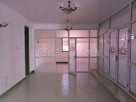 5 BDRM HOUSE NEAR DON BOSCO ADA ESTATE image 3