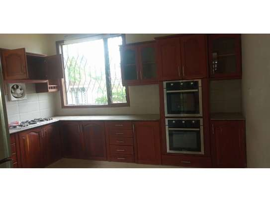 4bed room house for rent at oyster bay $4000pm j image 2