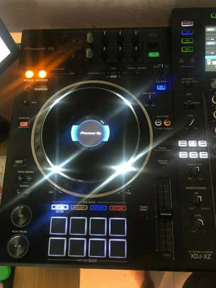 Pioneer DJ XDJ-XZ All In One DJ System - Black image 7