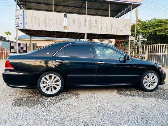2004 Toyota Crown Athlete image 10