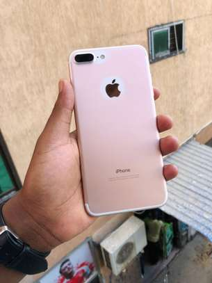 iphone 7plus 32gb available image 1
