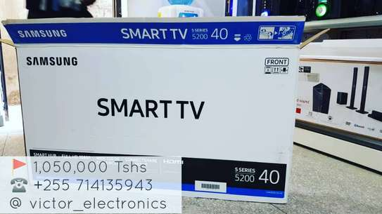 "SAMSUNG 40"" SMART TV"