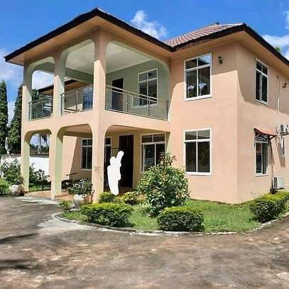a 4bedrooms standalone in mbezi beach few metres away from the beach is now available for rent image 1