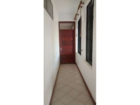 3bed house mature garden at oyster bay $1200pm image 15