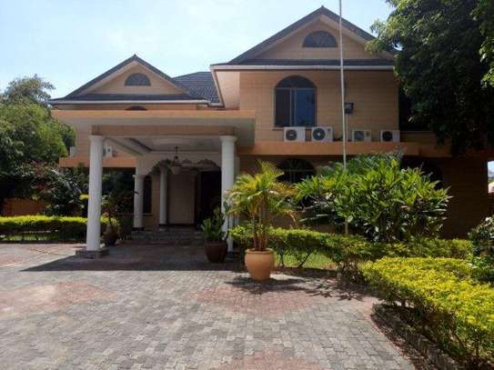5bed  big house at masaki $5000pm