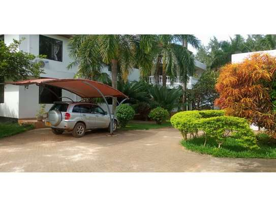 4bed beautfully house at masaki $5000pm nice garden image 8