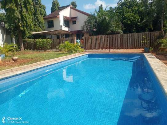 4bed house shared compound at masaki $2500pm