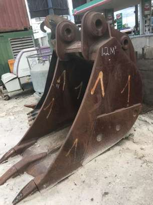 2X ROCK BUCKETS FOR EXCAVATOR CAT 345