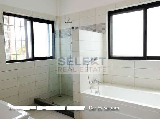 3 Bedrooms Townhouse In Msasani image 10