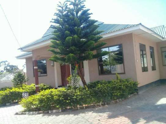 3 Bedrooms House for Sale, Bunju A image 1