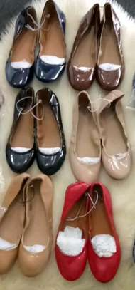 Mossimo simple shoes for sale! image 1
