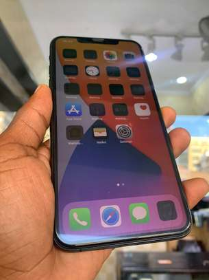 iPhone 11 Pro Max 256GB Spacegray for sale image 10