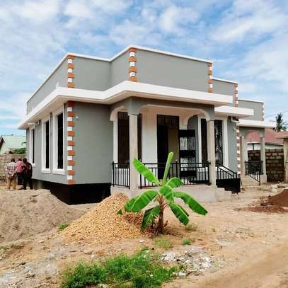 3bed house for sale at mbweni tsh 120million sqm 700 no title deed
