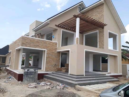 4BEDROOMS HOUSE 4SALE AT BAHARI BEACH image 10