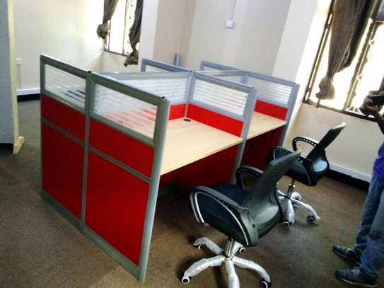 Workstation table (4 seaters) image 2