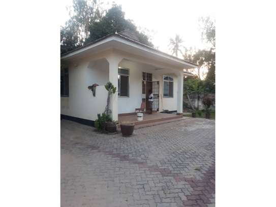 3bed villa only two in the compound at mikocheni kairuki hospital tsh 1,200,000 image 1
