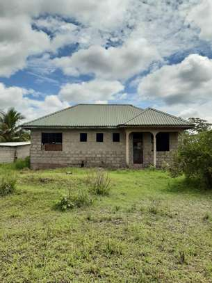 3 bdrms House with Title Deed going extremely cheap at Buyuni-Chanika. image 1