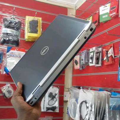 DELL LATITUDE  E6420 core i5 image 1
