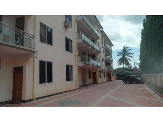 1 bed room excutive apartment for rent at mikocheni image 1