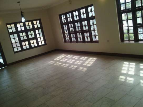4BEDR HOUSE FOR R SALE AT  NJIRO ARUSHA image 3