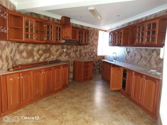 2 beautiful villah for Rent at Oysterbay with 3bedroom each, swimming pool for only usd 4000 image 8