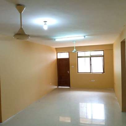 Three bedrooms apartment for rent image 1