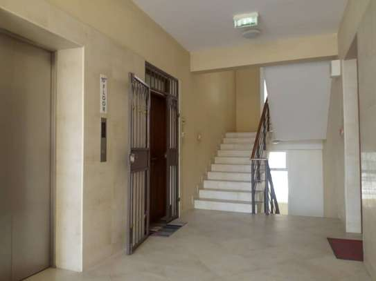 3bed apartment at upanga $900pm monthly image 8