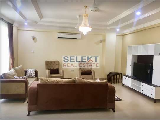 3 Bedroom Apartment in Oysterbay image 2