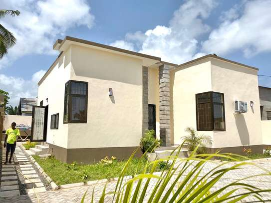 3 bed room house for rent at tegeta image 1
