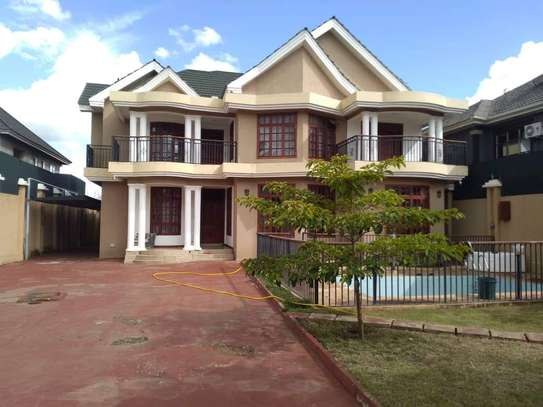 8 Bdrm Fully furnished House at Burka in Arusha image 3