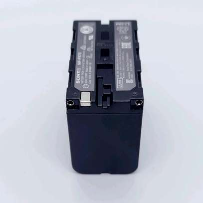 Sony NP-F970 L-Series Info-Lithium Battery Pack (7.2V, 6600mAh) image 5