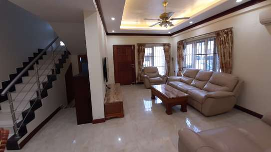 3 Bedrooms 3 Bathrooms Townhouse For Rent In Oysterbay image 13
