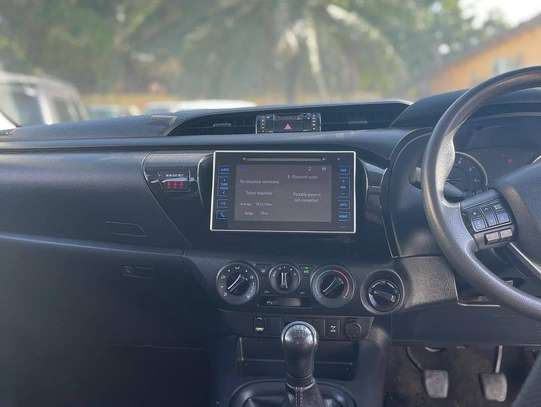 2017 Toyota Hilux Double Cabin Mpya Chasses Number image 9