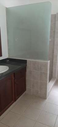 3 Bedroom House (Plus 2 Bdrm Guest Wing) For Rent In Oysterbay. image 10