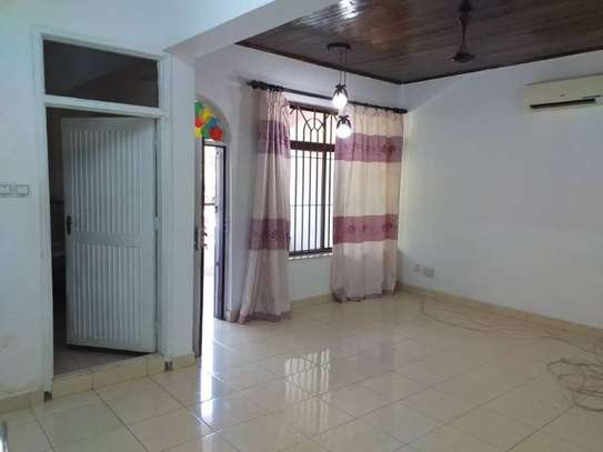 4bed house at mikocheni $1500pm image 4