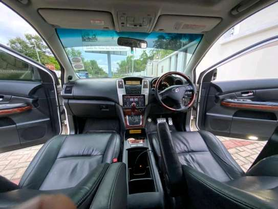 2007 Toyota Harrier image 8