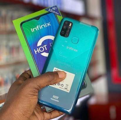 Infinix Hot 9 image 2