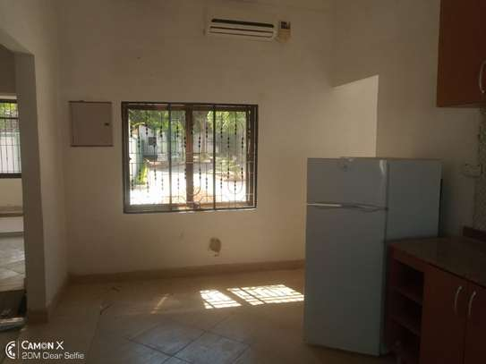 2Bedroom House at Oysterbay $1000pm image 9