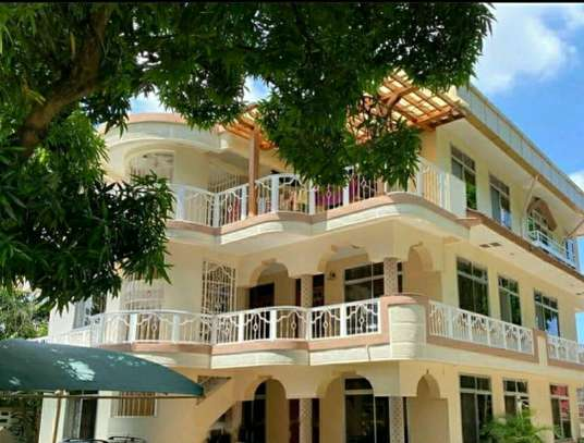 an appartment is available for rent at mbezi beach road to whitesands hotel image 5