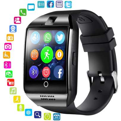 Q 18 SMART WATCH image 1