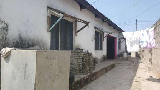2 HOUSES FOR SALE: image 8