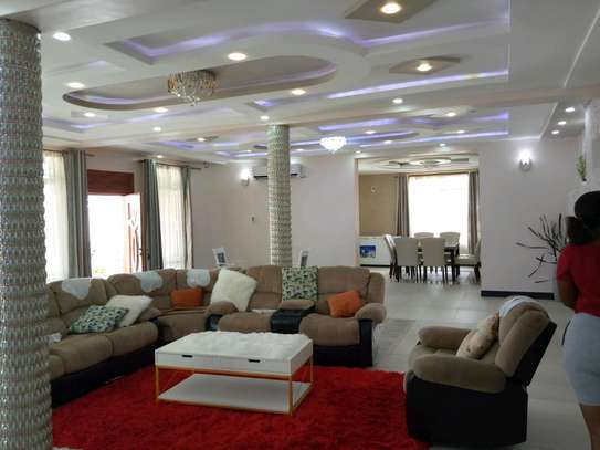 5 Bdrm Executive New Bungalow House Sqm 3500. in Mbezi Beach image 15