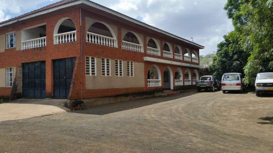 7 Bdrm Residential Property Njiro Area, Arusha
