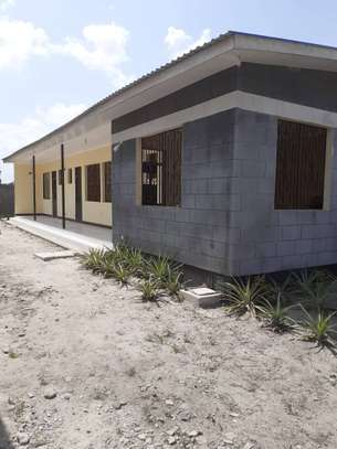 3 HOUSES ALL INSIDE ONE AREA OF 1450 SQM AT CHANIKA image 2