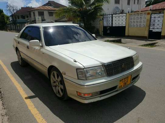 1998 Toyota Crown image 8